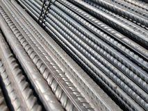 Fondo industrial de las barras de acero de refuerzo del grado Imagen de archivo