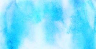 Fondo ligero apacible de la acuarela del color del azul de cielo La acuarela sutil pint? la lona texturizada de papel para el dis fotografía de archivo