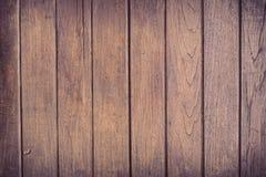 Fondo marrón de madera del tablón de la pared Foto de archivo libre de regalías