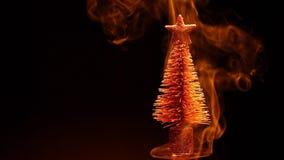 Fondo miniatura di buio del fumo dell'albero di abete dell'oro nessuno metraggio del hd stock footage