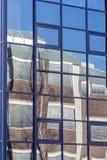 Fondo moderno di riflessione dell'edificio per uffici Fotografia Stock