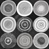 Fondo monocromatico astratto con i cerchi PA senza cuciture di vettore Fotografia Stock