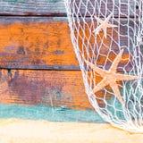 Fondo náutico rústico con las estrellas de mar Fotografía de archivo libre de regalías