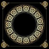 Fondo negro con el marco floral de oro Imagen de archivo libre de regalías
