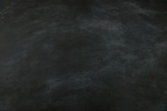 Fondo nero vuoto della lavagna per progettazione immagini stock libere da diritti