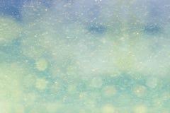 Fondo nevoso del invierno con el bokeh Imágenes de archivo libres de regalías