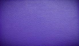 Fondo púrpura de cuero Imagen de archivo libre de regalías