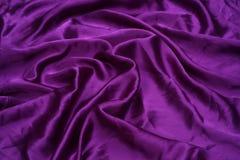 Fondo púrpura del satén Fotos de archivo libres de regalías