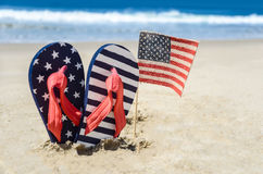 Fondo patriótico de los E.E.U.U. en la playa arenosa Imagen de archivo libre de regalías