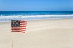 Fondo patriottico di U.S.A. sulla spiaggia sabbiosa Immagine Stock Libera da Diritti
