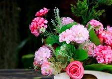 Fondo plástico de la flor y de la falta de definición Imagenes de archivo