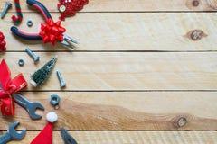 Fondo pratico c del regalo degli strumenti del buon anno e di Buon Natale fotografie stock libere da diritti