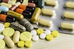 Fondo Prescripción de la droga para la medicación del tratamiento Medicamento farmacéutico, curación para la salud Tema de la far imagen de archivo