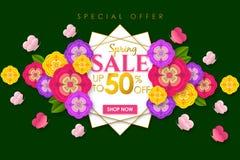 Fondo promocional de la bandera de la venta de la primavera con la flor y la mariposa coloridas para la oferta especial el 50% de fotos de archivo
