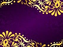 Fondo púrpura con el oro afiligranado, horizontal Fotografía de archivo libre de regalías
