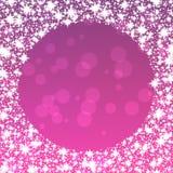 Fondo púrpura con la frontera redonda de los copos de nieve Foto de archivo libre de regalías