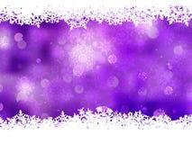 Fondo púrpura con los copos de nieve. EPS 8 Foto de archivo libre de regalías