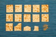 Fondo pungente dei cracker Immagini Stock