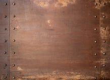 Fondo punky del vapor oxidado del metal con los remaches fotografía de archivo libre de regalías