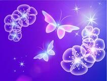 Fondo que brilla intensamente con las mariposas mágicas y las estrellas chispeantes imagenes de archivo