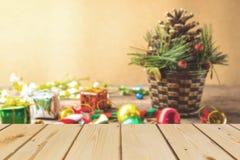 Fondo que empaña de la Navidad y del Año Nuevo Fotos de archivo libres de regalías