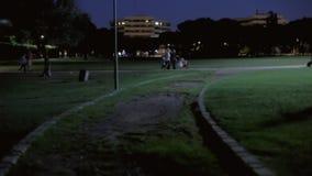 Fondo que establece la noche 08 del parque del tiro almacen de metraje de vídeo