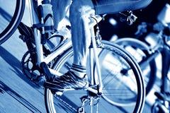 Fondo que monta en bicicleta Imágenes de archivo libres de regalías
