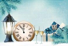 Fondo retro del día de fiesta con los vidrios y el reloj del champán Feliz Año Nuevo libre illustration