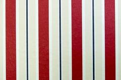 Fondo rojo-blanco de las rayas retras Foto de archivo libre de regalías