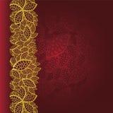 Fondo rojo con la frontera de oro de las hojas libre illustration