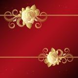 Fondo rojo con las rosas de oro Fotos de archivo libres de regalías