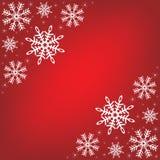 Fondo rojo con los copos de nieve. ilustración del vector