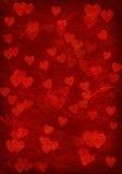 Fondo rojo con los corazones. Imágenes de archivo libres de regalías