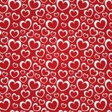 Fondo rojo con los corazones blancos Fotografía de archivo