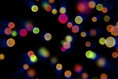 Fondo rojo de la chispa de la Navidad colorida con el bokeh de la falta de definición del color, Feliz Año Nuevo del día de fiest Imagen de archivo libre de regalías
