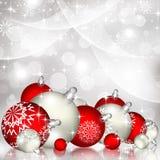 Fondo rojo de la Navidad con las bolas Fotos de archivo libres de regalías