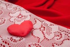 Fondo rojo de los corazones Concepto del día de tarjetas del día de San Valentín Imágenes de archivo libres de regalías
