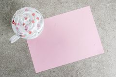 Fondo romántico del día del ` s de la tarjeta del día de San Valentín imagen de archivo