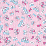 Fondo rosado con las mariposas, ilustración Fotos de archivo libres de regalías