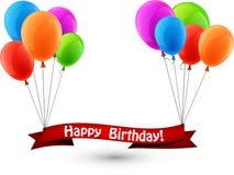 Fondo rosso del nastro di buon compleanno con i palloni Fotografie Stock