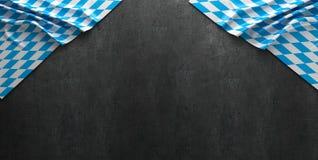 Fondo rustico per Oktoberfest con tessuto bianco e blu bavarese - rappresentazione 3D Immagini Stock