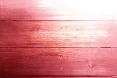 Fondo rustico textura de madera en color rosa rojo violeta lila y blanco. Rustic background wooden texture in violet pink and red colors with white stock photography