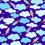 Fondo senza cuciture con i cieli nuvolosi, i razzi e le stelle di notte illustrazione di stock