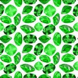 Fondo senza cuciture dalle gemme verde smeraldo isolate Immagini Stock Libere da Diritti