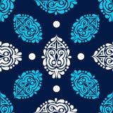Fondo senza cuciture di inverno con gli elementi blu e bianchi sulla a Fotografia Stock Libera da Diritti