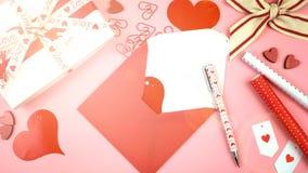 Fondo sopraelevato di San Valentino felice con il chiarore della lente fotografia stock libera da diritti
