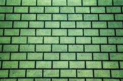 Fondo strutturato della pavimentazione del mattone di colore verde fotografie stock libere da diritti