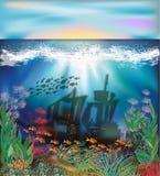 Fondo subacuático con la nave hundida Fotos de archivo libres de regalías