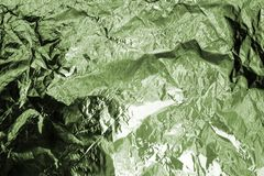 Fondo texturizado hoja verde arrugado, ejemplo abstracto de la opinión superior del paisaje de la montaña, modelo de color caqui  imagen de archivo