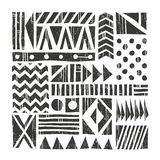 Fondo tribal del vector Modelo abstracto con formas primitivas Ilustración drenada mano Imagen de archivo libre de regalías